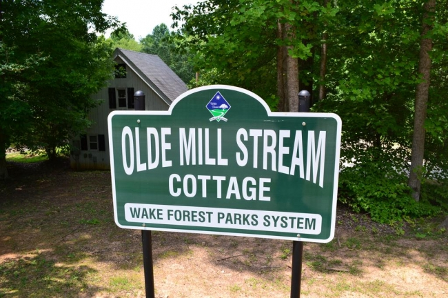 Sign of the Cottage at Olde Mill Stream Wake Forest